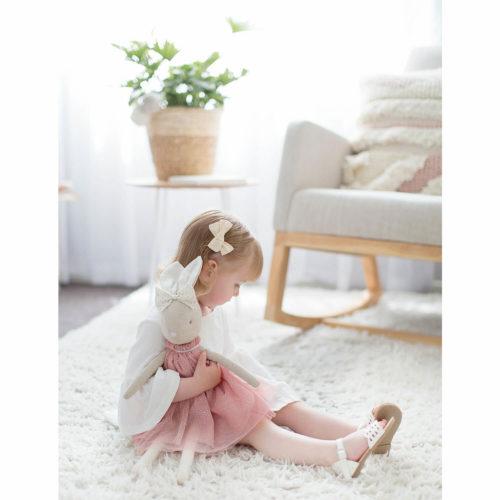 daisy konijnen knuffel van alimrose