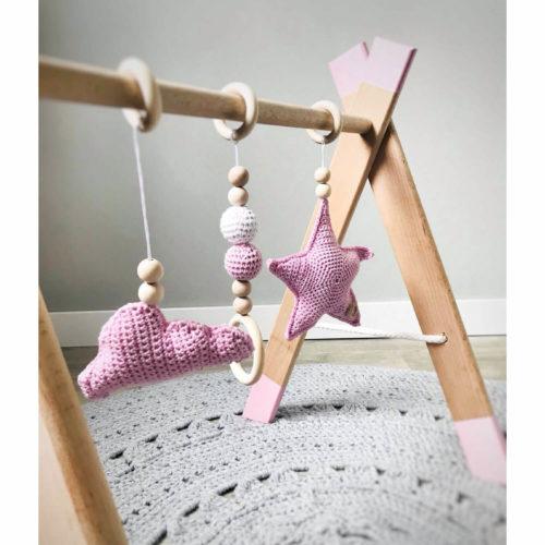 houten babygym roz van dichtbij Sassefras Meisjes Speelgoed